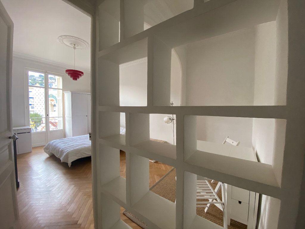 Appartement à louer 1 29m2 à Nice vignette-6