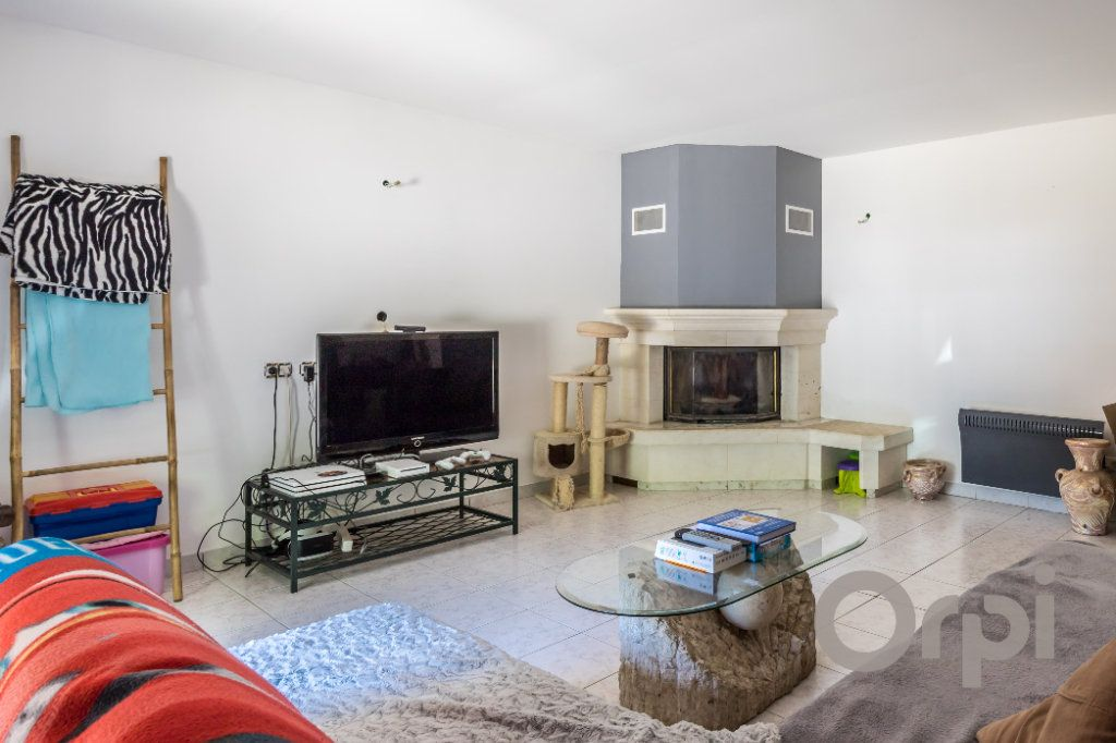 Maison à vendre 6 220m2 à Le Broc vignette-5