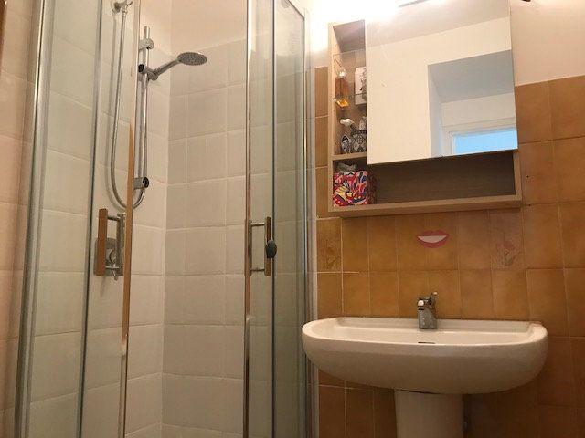 Appartement à louer 1 17.53m2 à Nice vignette-4