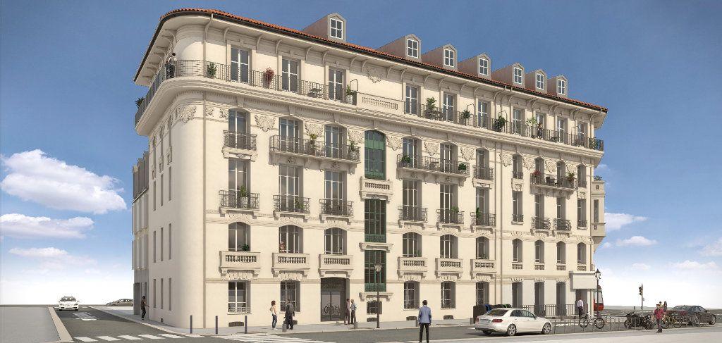Appartement à vendre 2 43.8m2 à Nice vignette-1