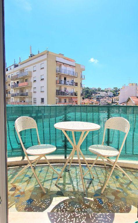 Appartement à vendre 3 70m2 à Nice vignette-5