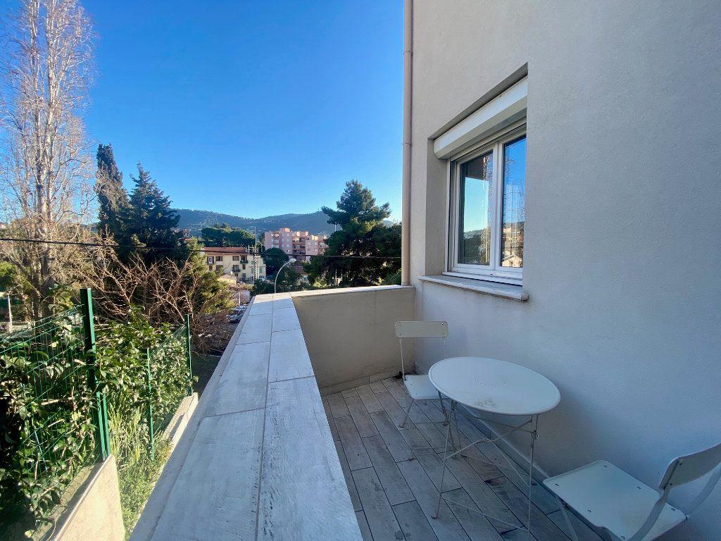 Appartement à louer 1 19.37m2 à Nice vignette-1