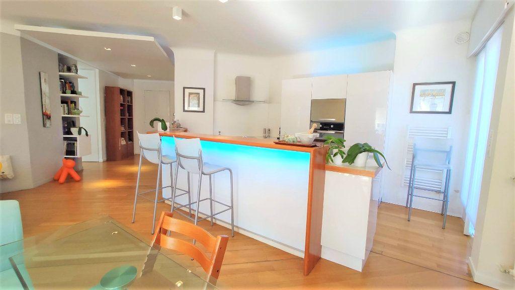 Appartement à vendre 3 101.18m2 à Nice vignette-2