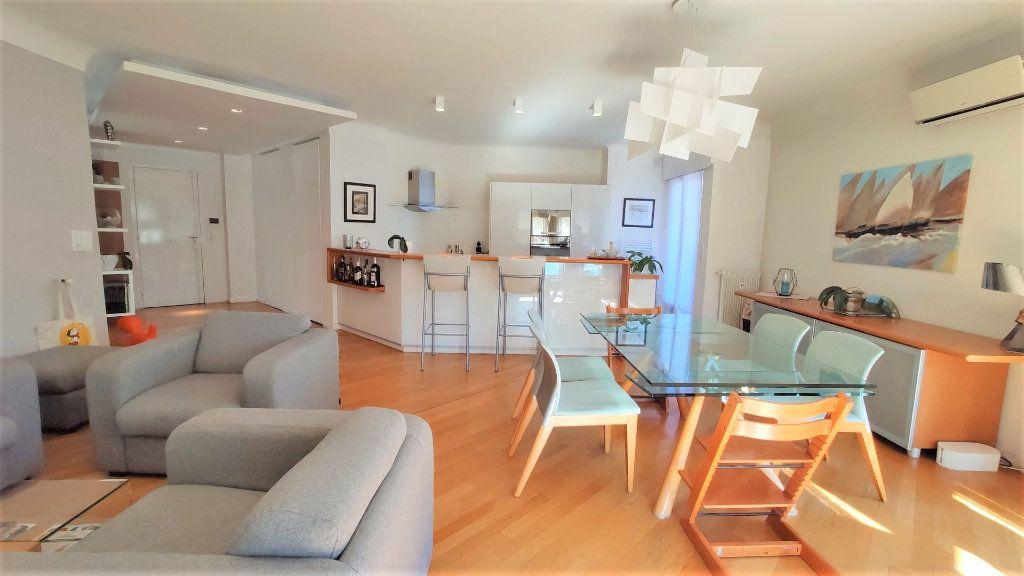 Appartement à vendre 3 101.18m2 à Nice vignette-3