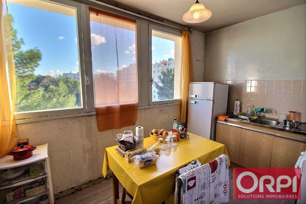 Appartement à vendre 2 54m2 à Marseille 11 vignette-3