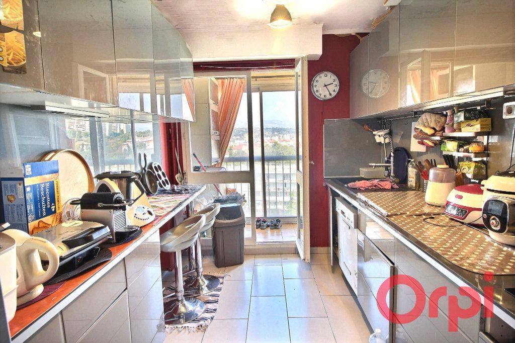 Appartement à vendre 5 92m2 à Marseille 10 vignette-4