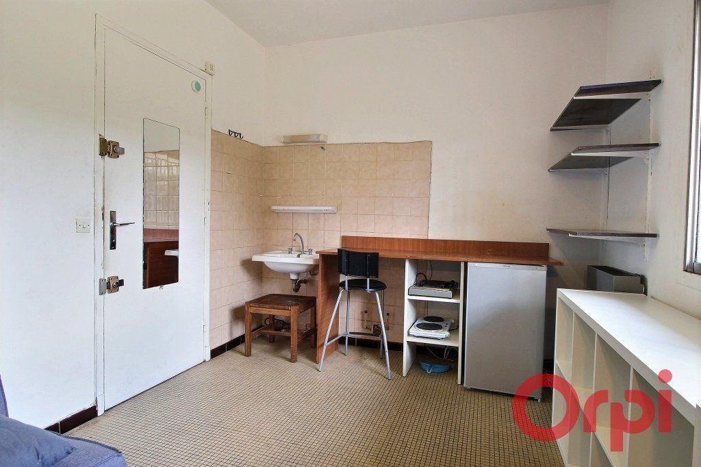Appartement à vendre 1 11m2 à Marseille 9 vignette-2