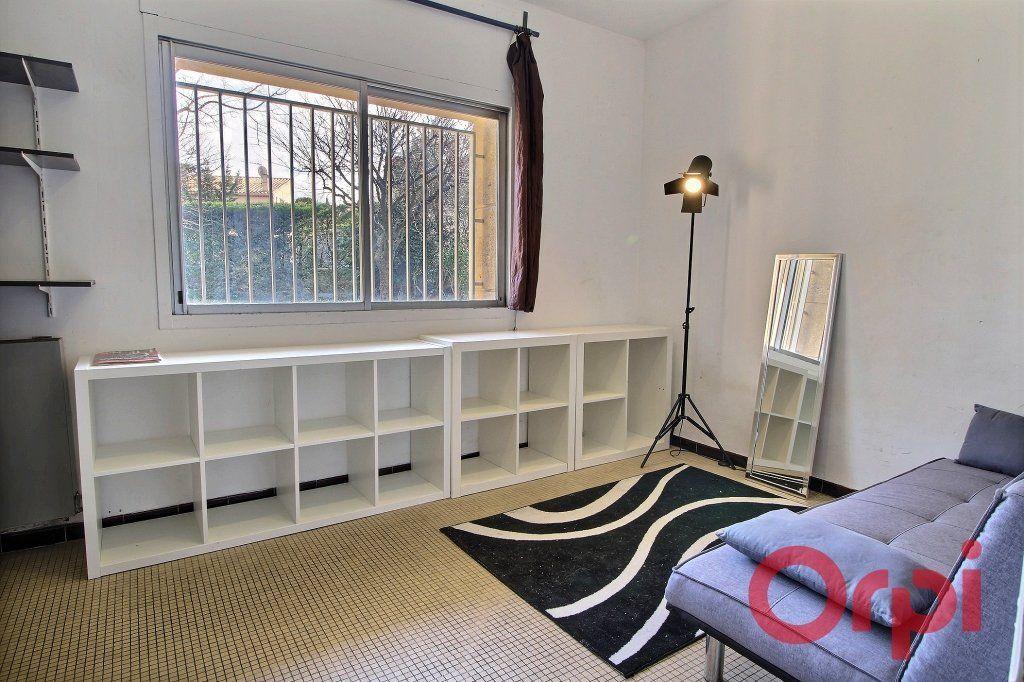Appartement à vendre 1 11m2 à Marseille 9 vignette-3