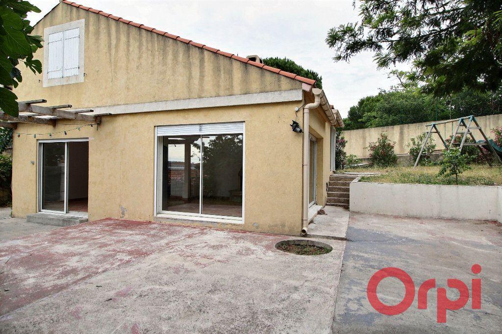 Maison à vendre 6 145m2 à Marseille 10 vignette-4