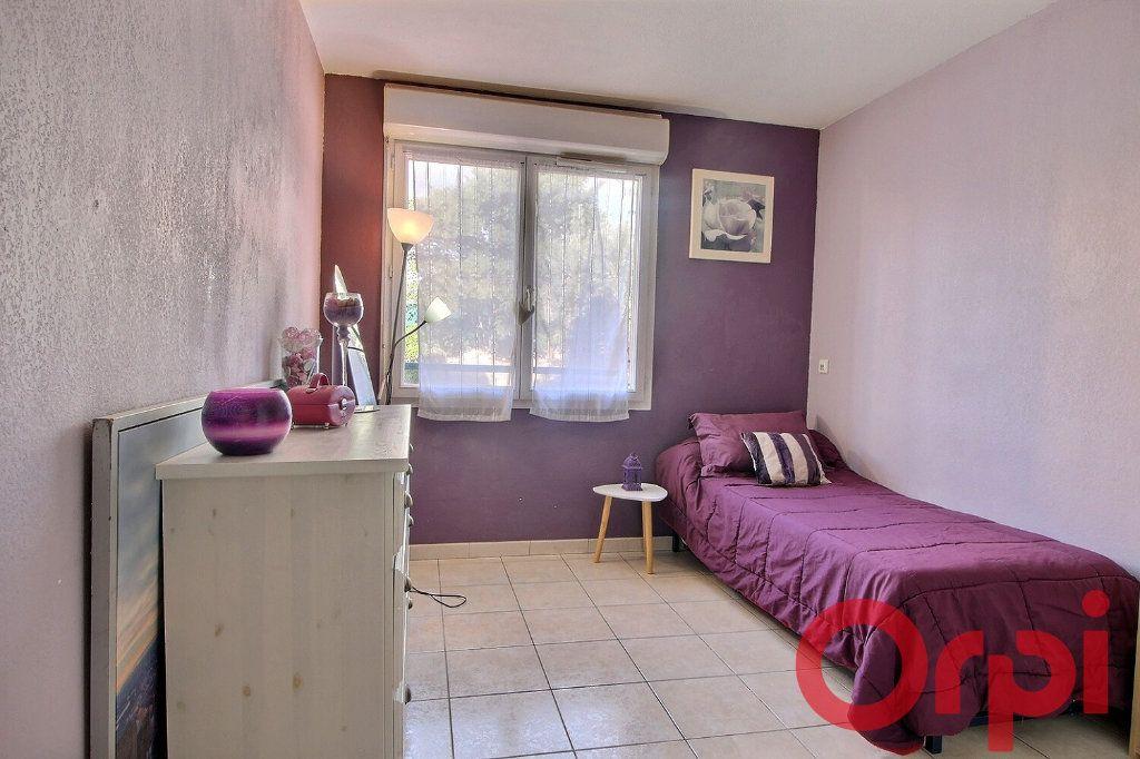 Appartement à vendre 4 86m2 à Marseille 10 vignette-5