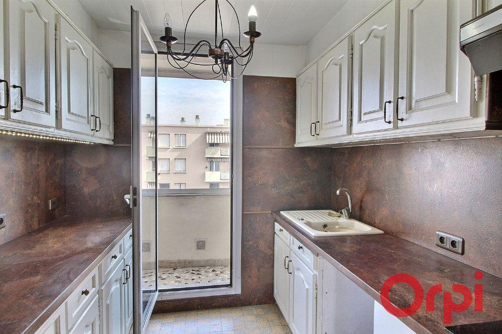 Appartement à vendre 4 66.9m2 à Marseille 10 vignette-6