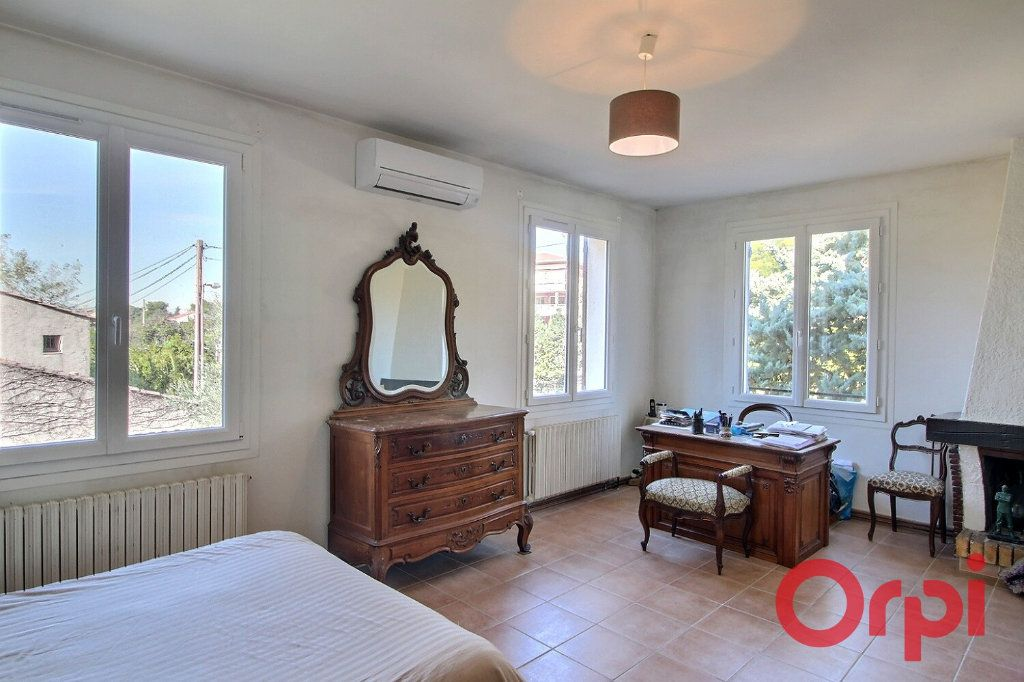 Maison à vendre 8 160m2 à Marseille 9 vignette-4