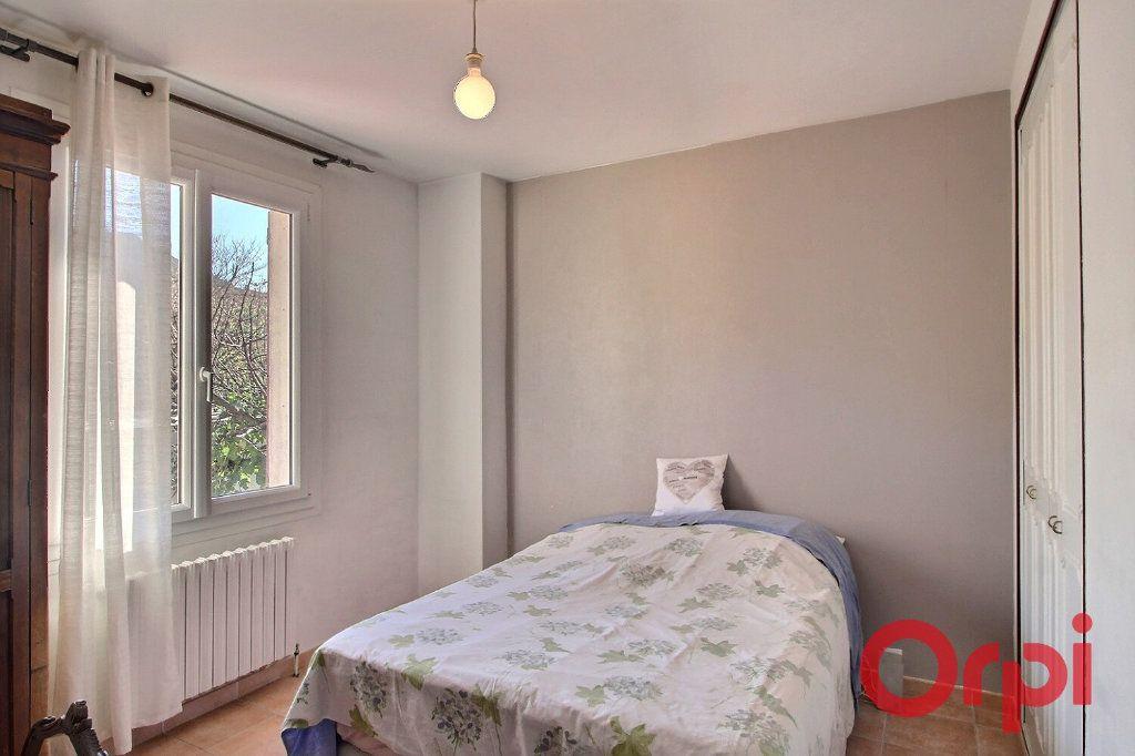 Maison à vendre 8 160m2 à Marseille 9 vignette-5