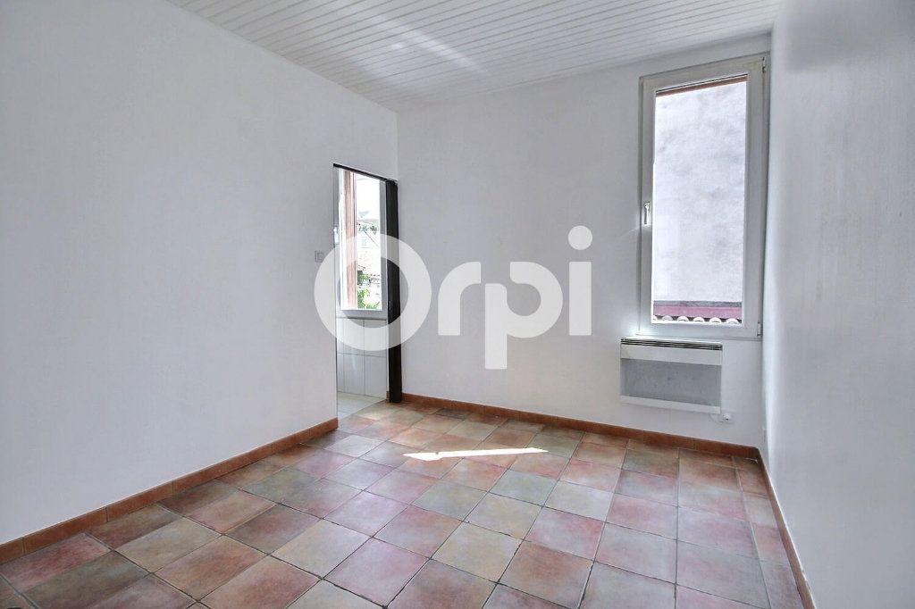 Appartement à vendre 2 30m2 à Marseille 6 vignette-3