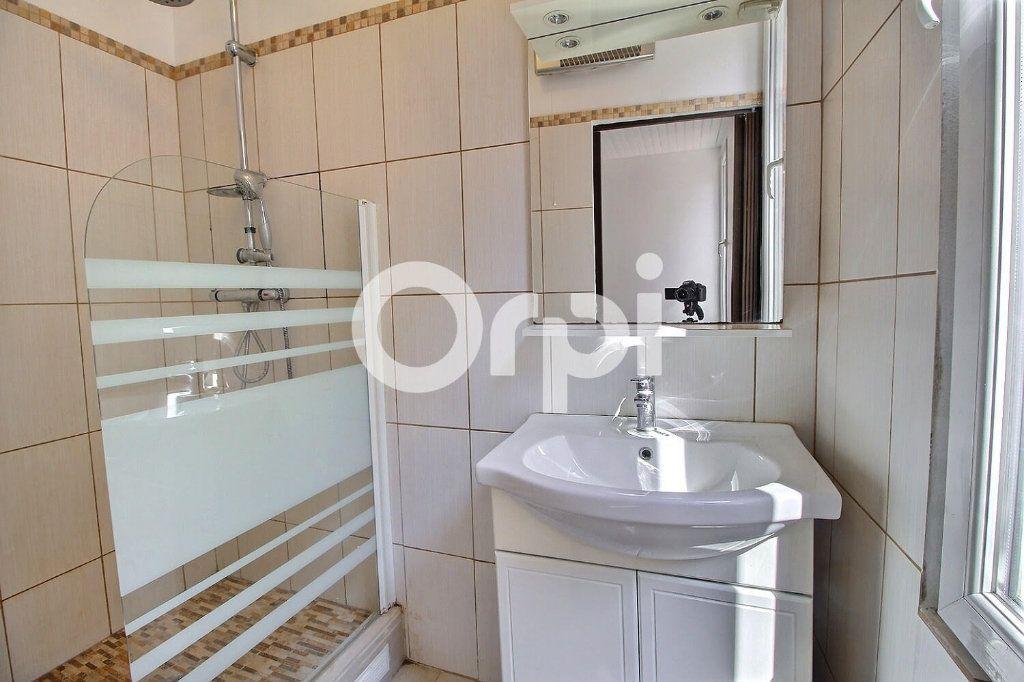 Appartement à vendre 2 30m2 à Marseille 6 vignette-4