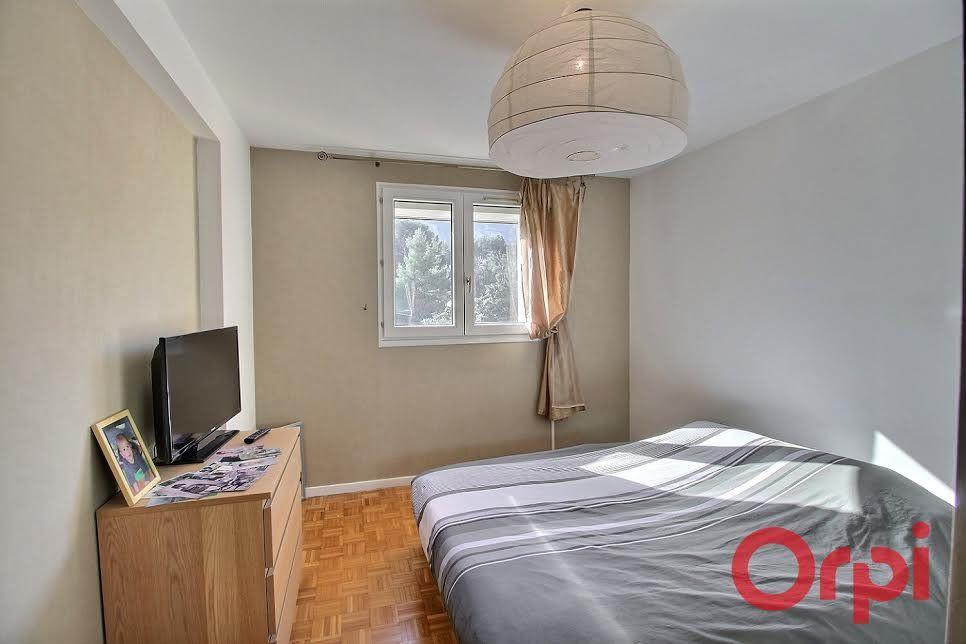 Appartement à vendre 4 76m2 à Marseille 10 vignette-3