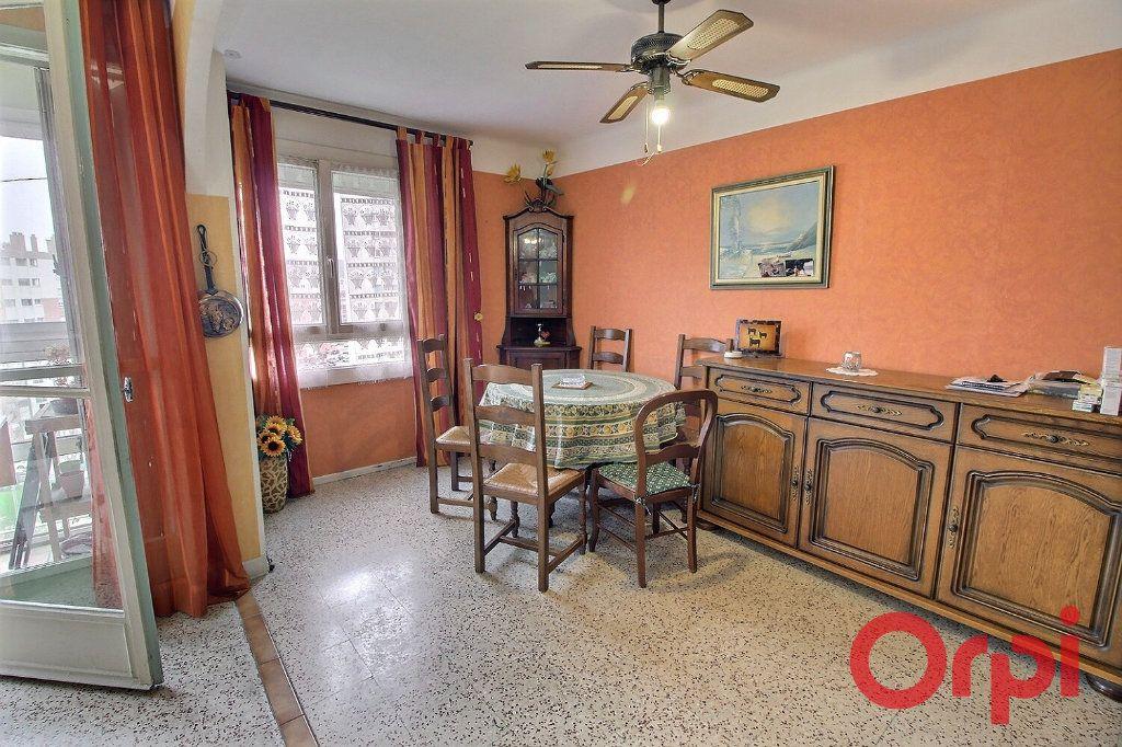 Appartement à vendre 3 53m2 à Marseille 11 vignette-4