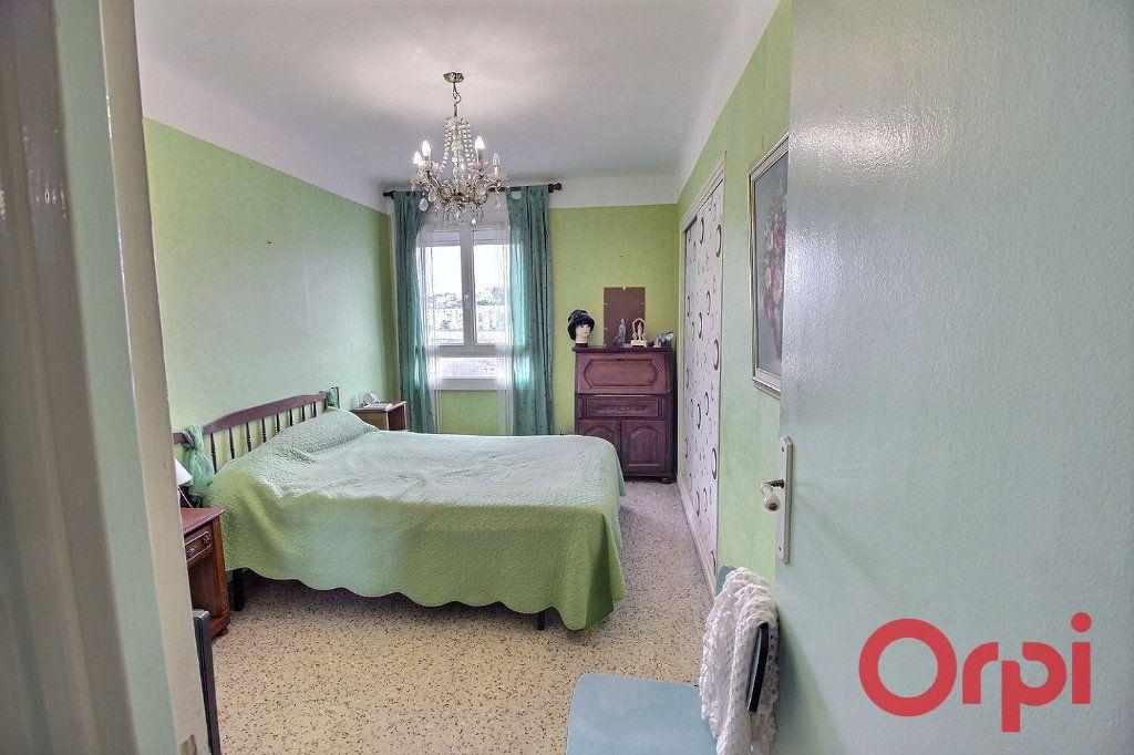 Appartement à vendre 3 53m2 à Marseille 11 vignette-5