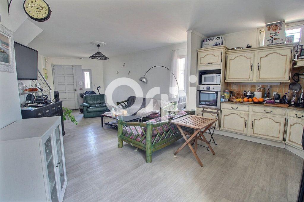 Maison à vendre 6 143m2 à Marseille 10 vignette-3