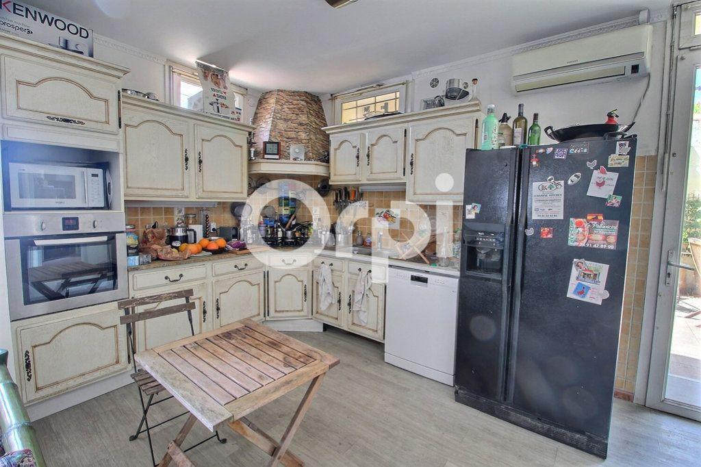 Maison à vendre 6 143m2 à Marseille 10 vignette-4