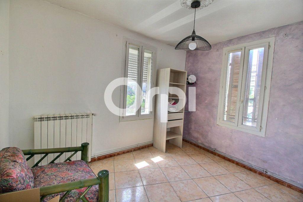 Maison à vendre 6 143m2 à Marseille 10 vignette-7