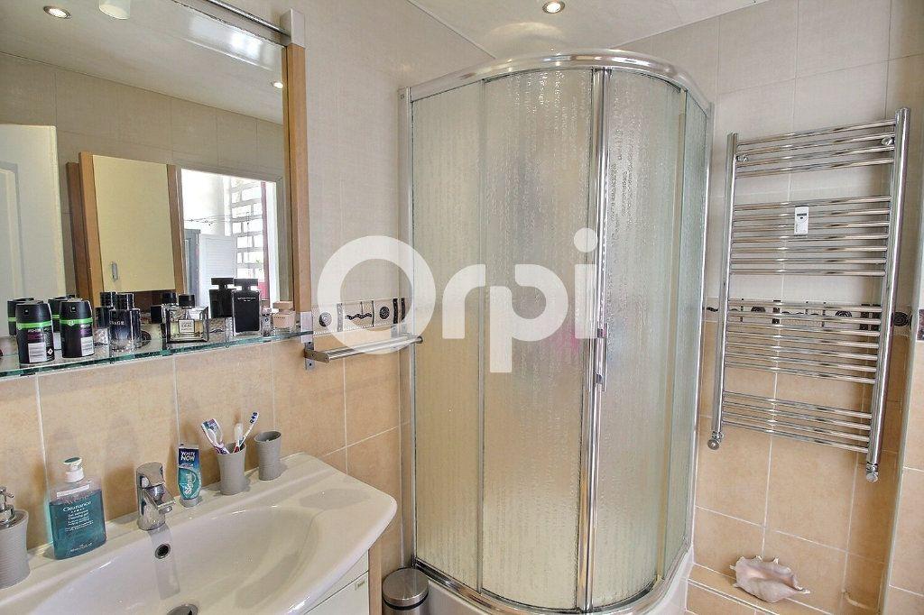 Appartement à vendre 4 72m2 à Marseille 10 vignette-6