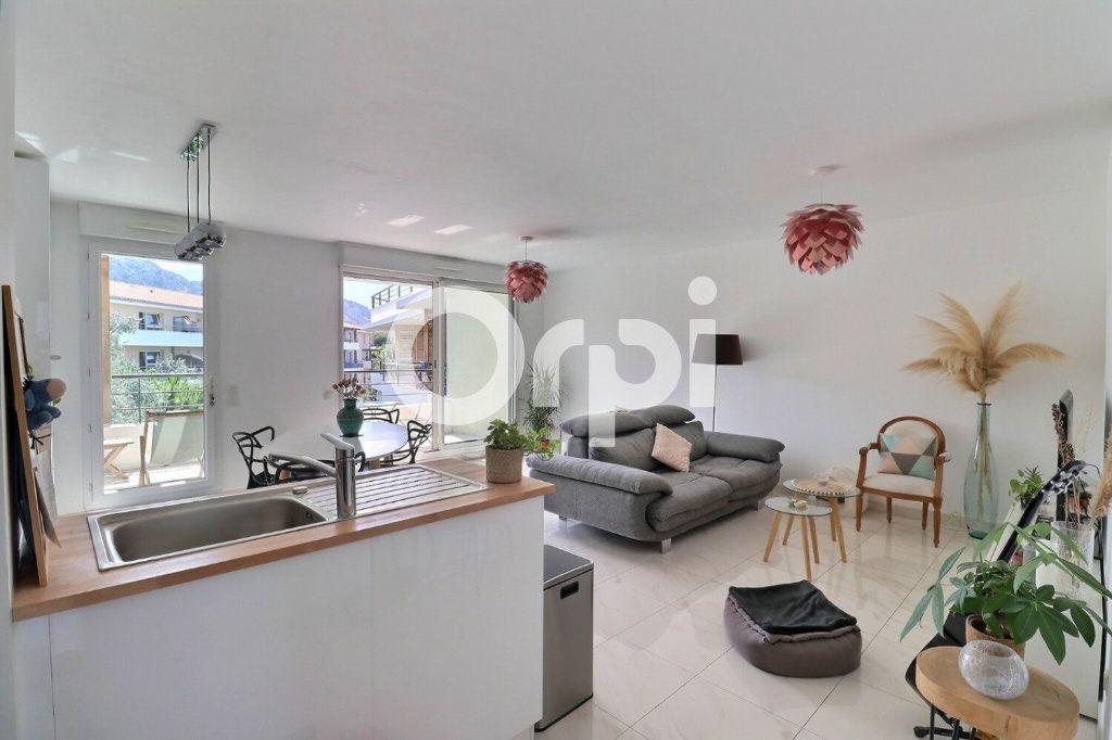 Appartement à vendre 4 80m2 à Marseille 8 vignette-2