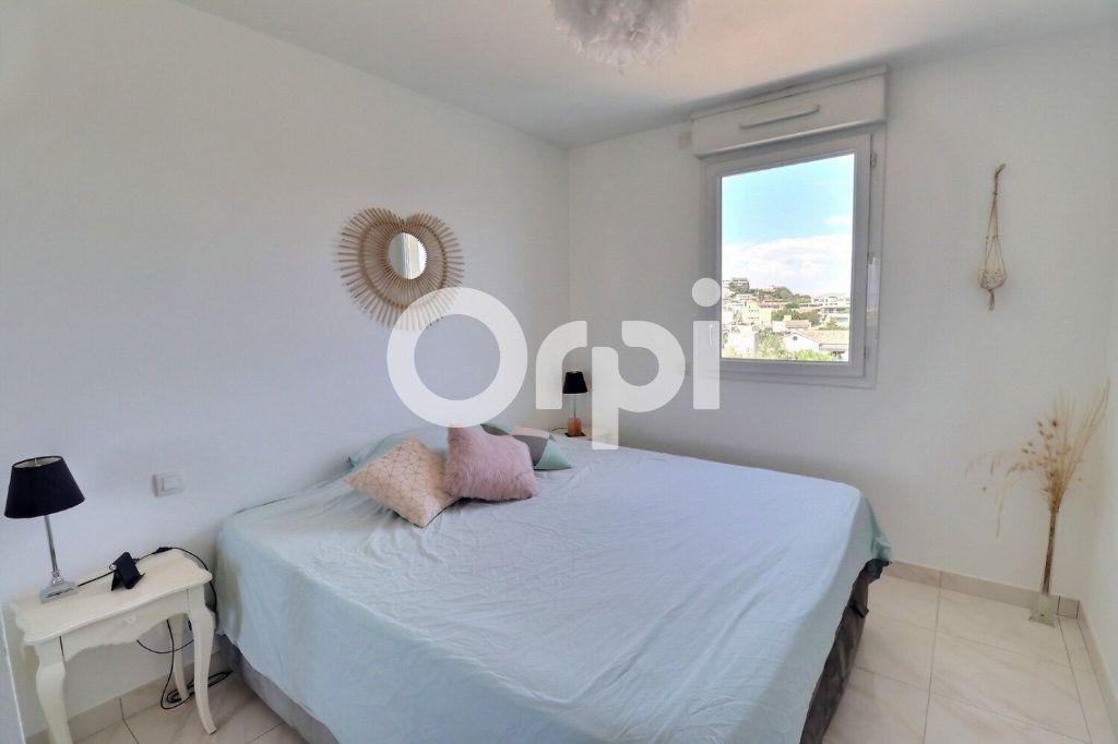Appartement à vendre 4 80m2 à Marseille 8 vignette-5