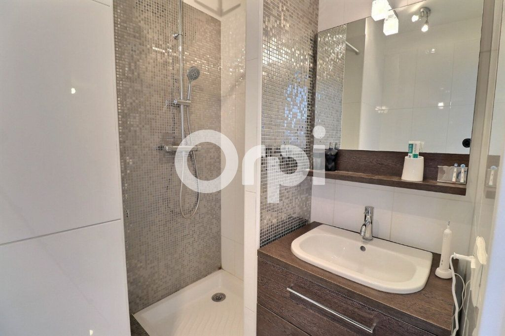 Appartement à vendre 4 80m2 à Marseille 8 vignette-7