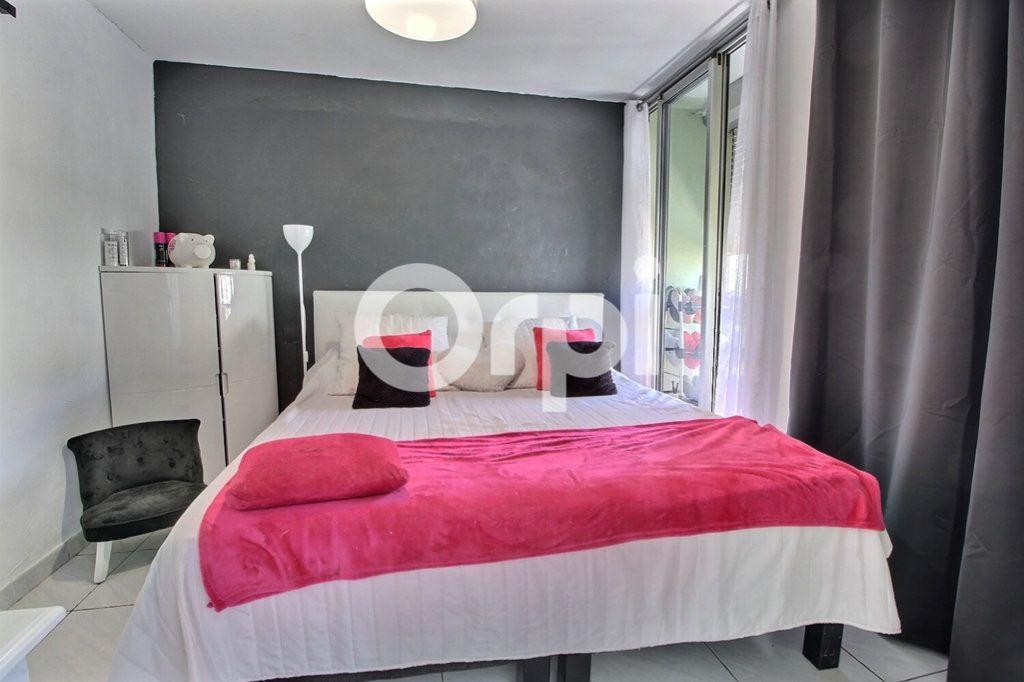 Appartement à vendre 4 69m2 à Marseille 10 vignette-7