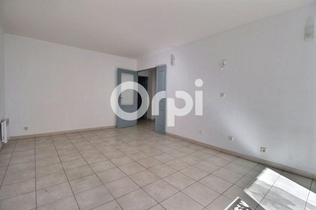 Appartement à vendre 3 59m2 à Marseille 10 vignette-2