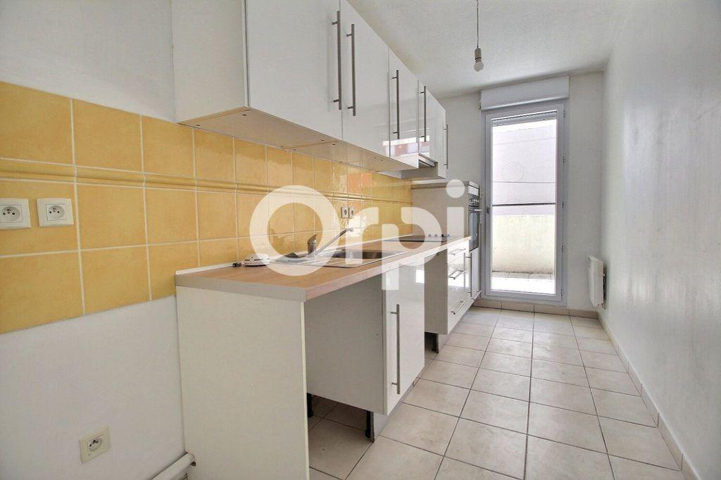 Appartement à vendre 3 59m2 à Marseille 10 vignette-4