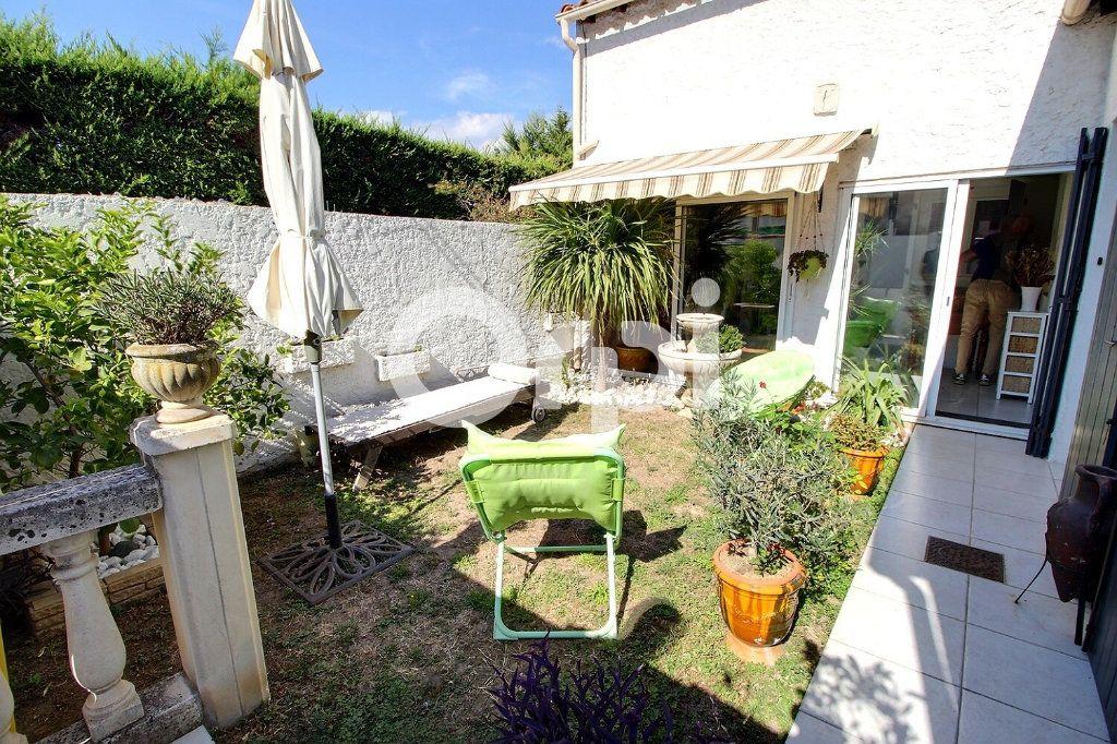 Maison à vendre 4 87m2 à Marseille 10 vignette-1
