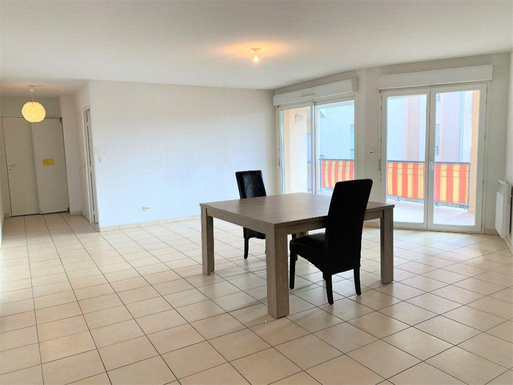 Appartement à vendre 3 73.45m2 à Hyères vignette-4