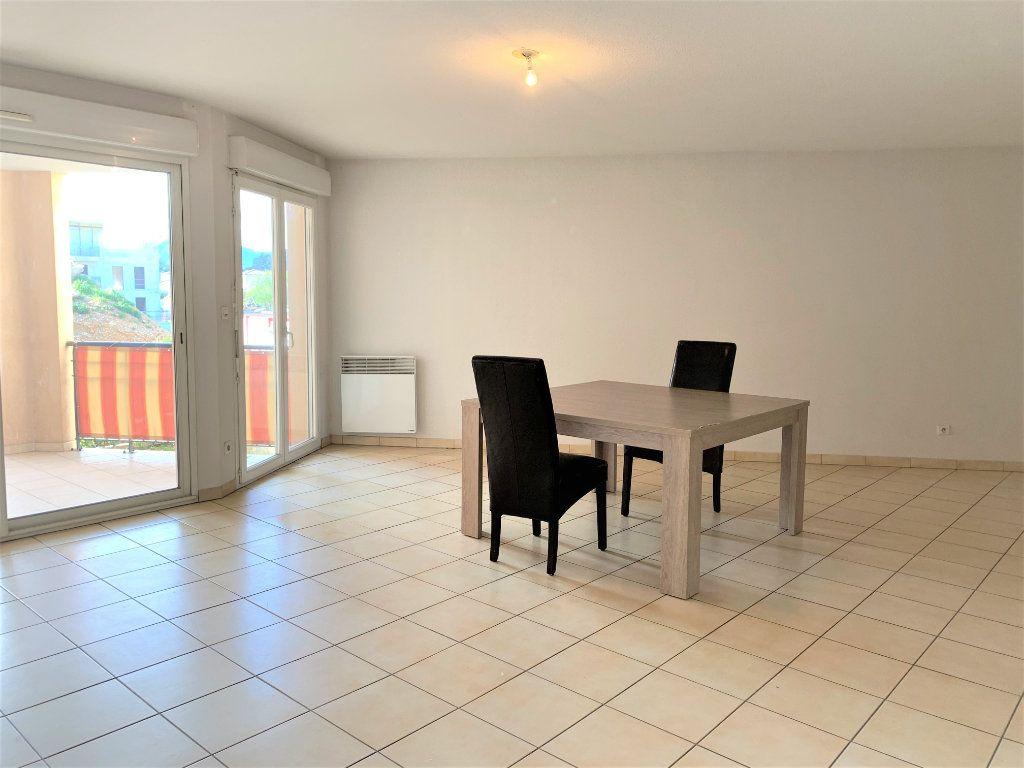 Appartement à vendre 3 73.45m2 à Hyères vignette-5