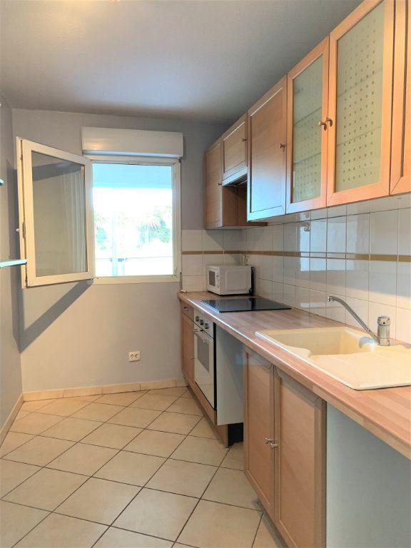 Appartement à vendre 3 73.45m2 à Hyères vignette-6