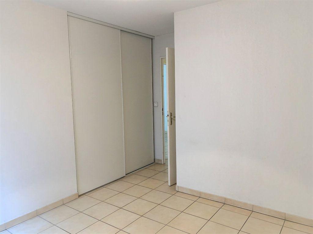 Appartement à vendre 3 73.45m2 à Hyères vignette-8