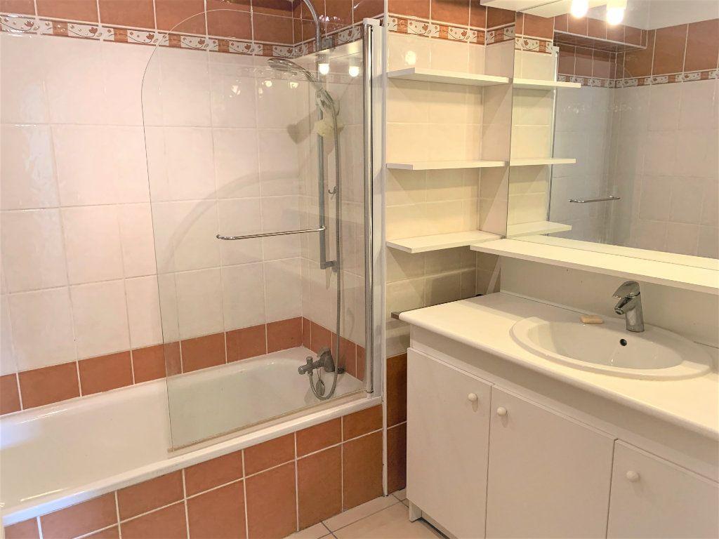 Appartement à vendre 3 73.45m2 à Hyères vignette-9