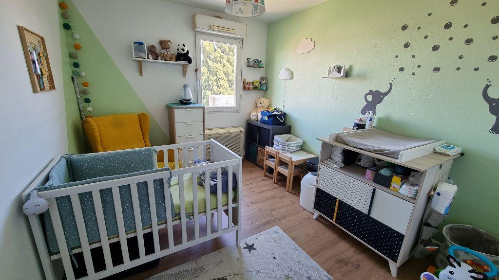 Appartement à vendre 4 92.43m2 à Hyères vignette-5