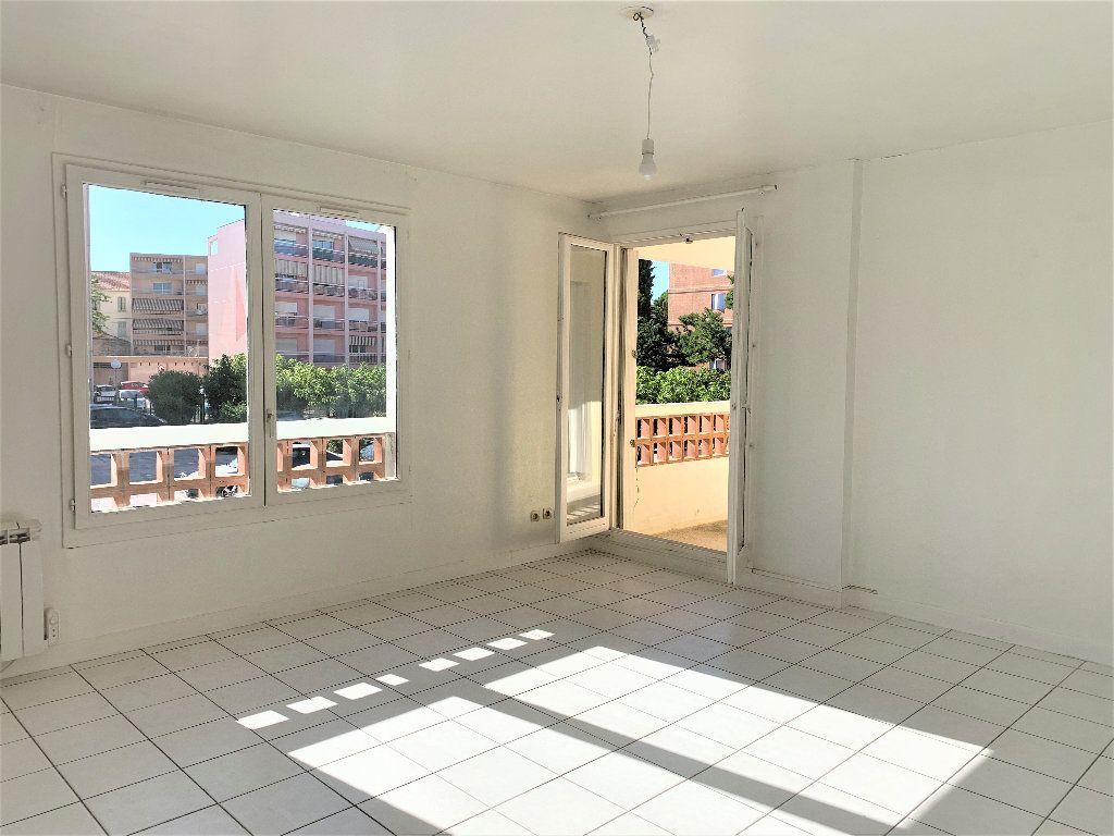 Appartement à vendre 3 80.042m2 à Hyères vignette-2