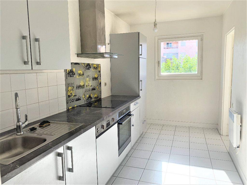 Appartement à vendre 3 80.042m2 à Hyères vignette-4