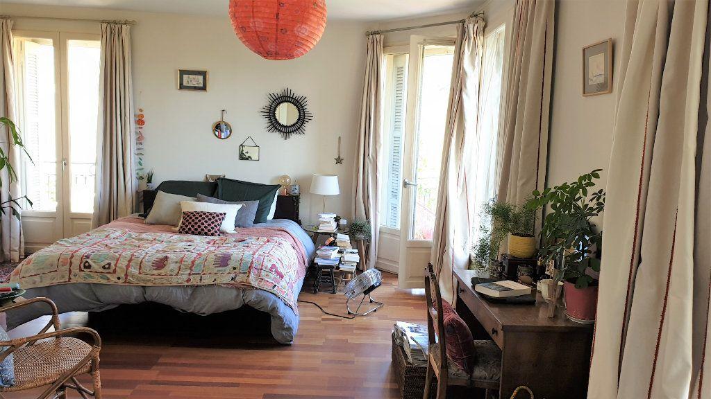 Appartement à vendre 5 137.03m2 à Hyères vignette-9