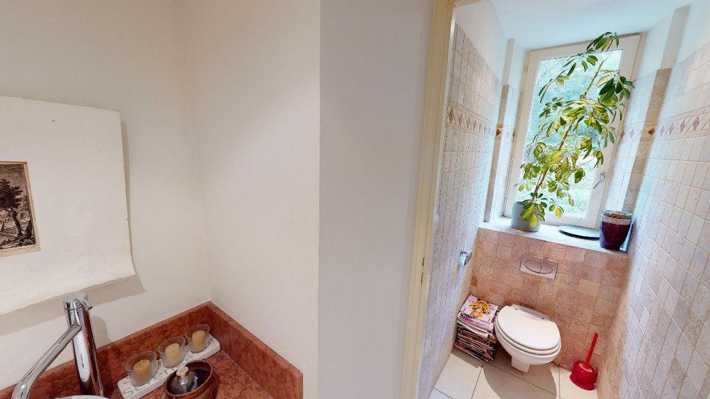 Appartement à vendre 5 137.03m2 à Hyères vignette-16