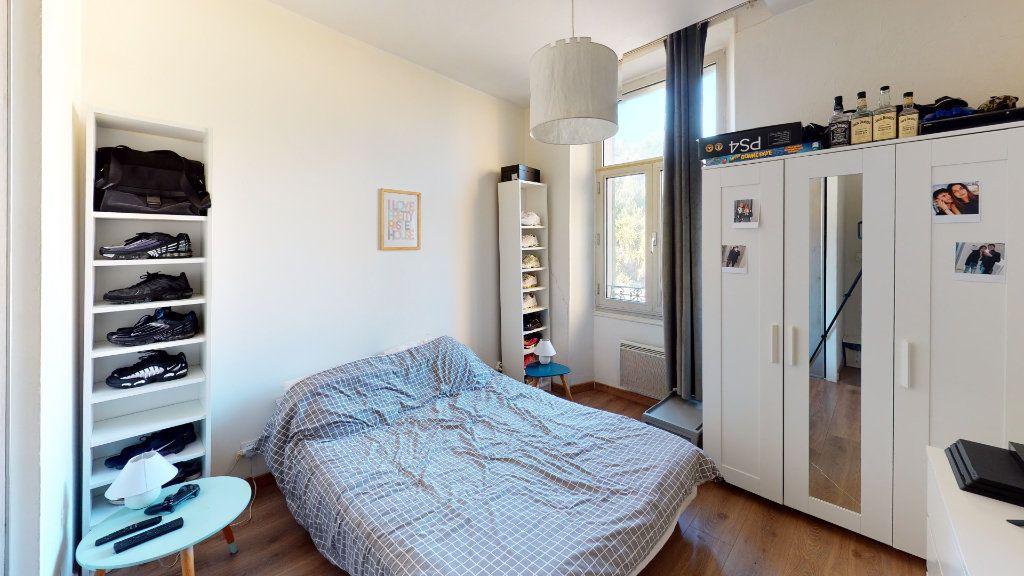 Appartement à vendre 2 28m2 à Hyères vignette-6