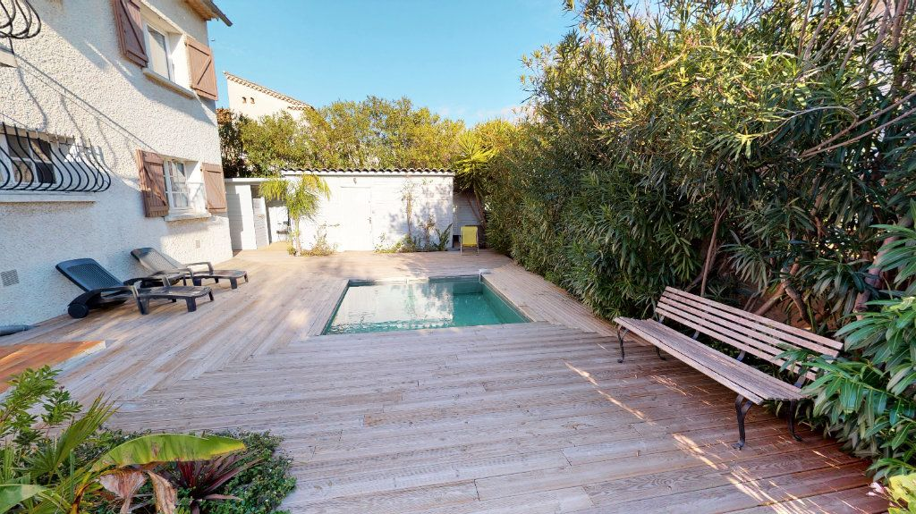 Maison à vendre 7 171.84m2 à Hyères vignette-3
