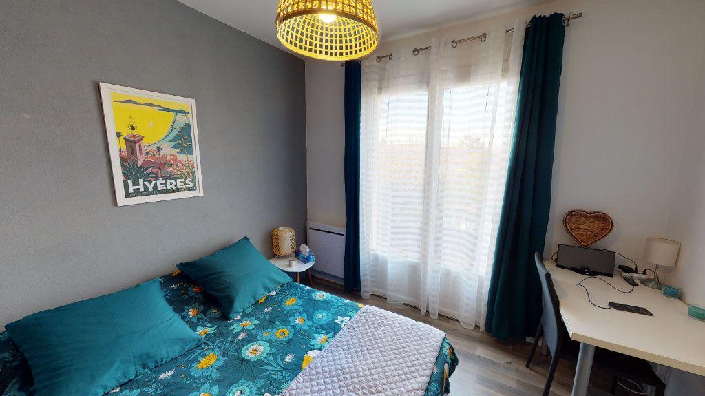 Maison à vendre 7 171.84m2 à Hyères vignette-8