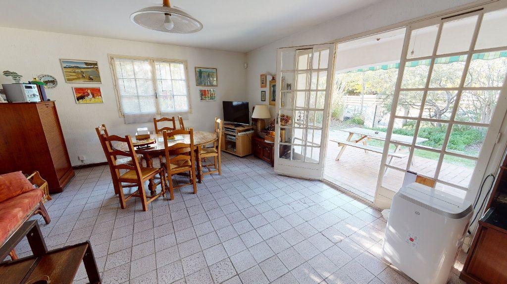 Maison à vendre 7 171.84m2 à Hyères vignette-10
