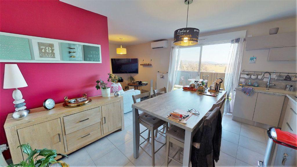 Appartement à vendre 3 62m2 à Hyères vignette-1