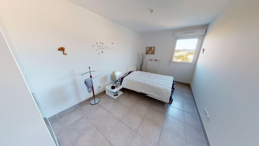 Appartement à vendre 3 62m2 à Hyères vignette-6