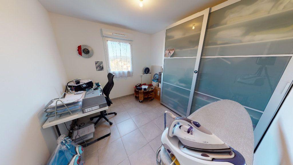 Appartement à vendre 3 62m2 à Hyères vignette-7